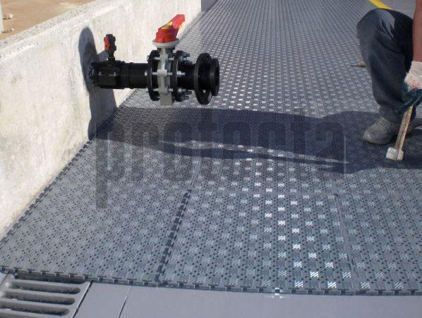 Lock Mat Garantiza un suelo de trabajo seguro, confortable y ergonómico