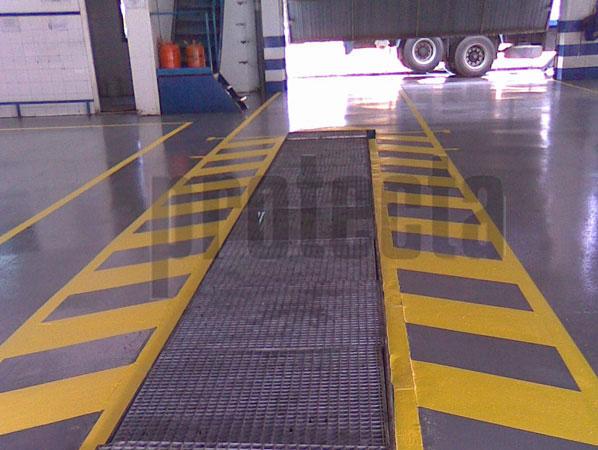 Imprescindible para la señalización de seguridad y logística